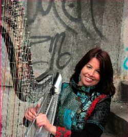 Sabine Meijiers – 4 Harp – 8 Hands in the Netherlands