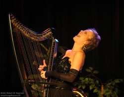 DHC returns to her Jazz roots on the Cape (Press Release)