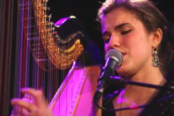 salvia-pia-singing-playing